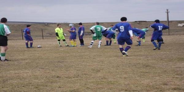 Burleanu vrea FRF TV şi campionat de fotbal la ţară: De la sat au apărut mulţi fotbalişti mari