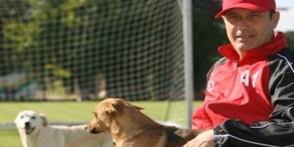 Mircea Rednic este noul antrenor al lui Dinamo. Puriul a adus ultimul titlu în Ştefan cel Mare