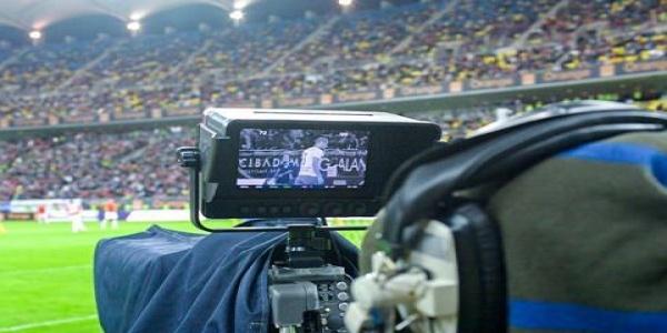 Firma care produce meciurile din Liga 1 îşi strânge aparatura din studiourile Look. Deţinătorii drepturilor TV au datorii de peste jumătate de milion de euro, salariaţii sunt neplătiţi. Ce se întâmplă cu Liga 1